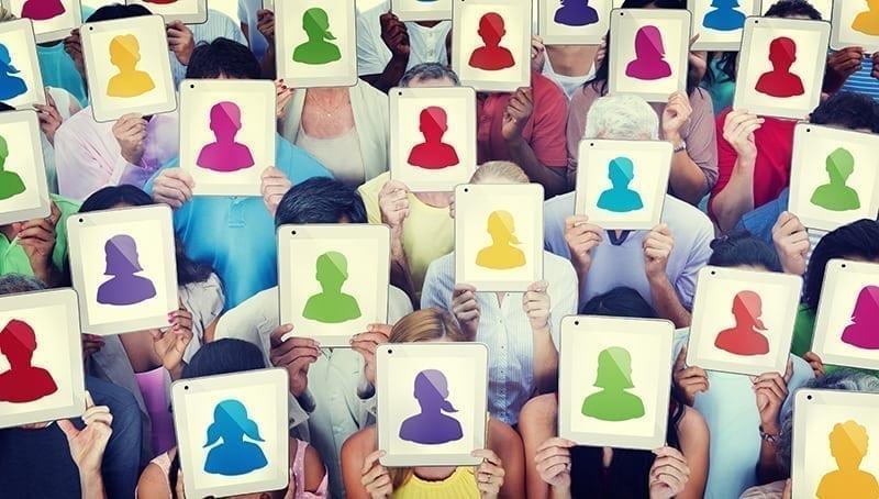 Hur du skapar en bra profil i sociala medier
